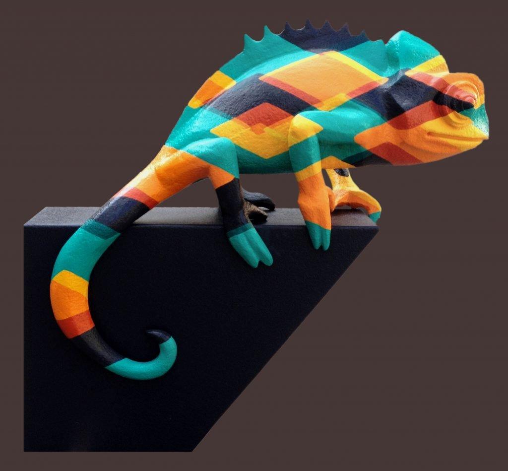<p>Cameleon-Großskulptur, Oberflächenmalerei, 3D CNC Fräse, Umsetzung mit Saurus</p>