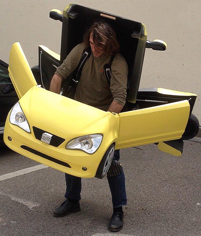 <p>Transformer-Konstüm, 3D CNC Fräse, technischer Spezialbau, Idee: Webguerillas, Auftraggeber: Seat</p>