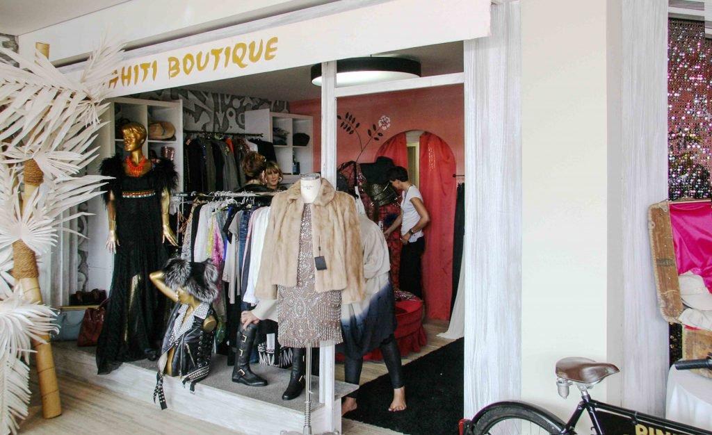 <p>Saint Tropez Tahiti Boutique, dem Original nachempfunden, Event-Requisiten, Kulissenbau, Auftraggeber: DekoDesign</p>