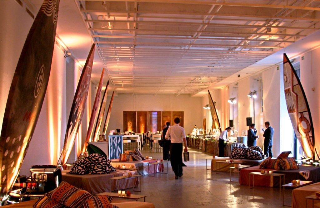 <p>Massai-Event im Haus der Kunst München, Event-Requisitenbau,  Auftraggeber: DekoDesign</p>
